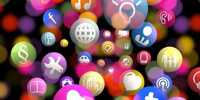 Social Media Commerce