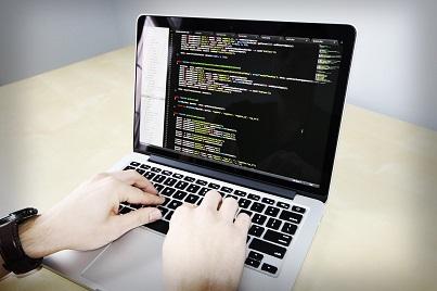 PHP 7.x ist leistungsstark und ressourcensparend! Wechseln Sie mit IronShark von PHP 5.6 auf PHP 7.2. Wir beraten Sie gern.